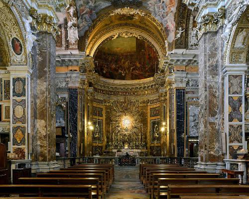 Interni della chiesa Santa Maria della Vittoria a Roma